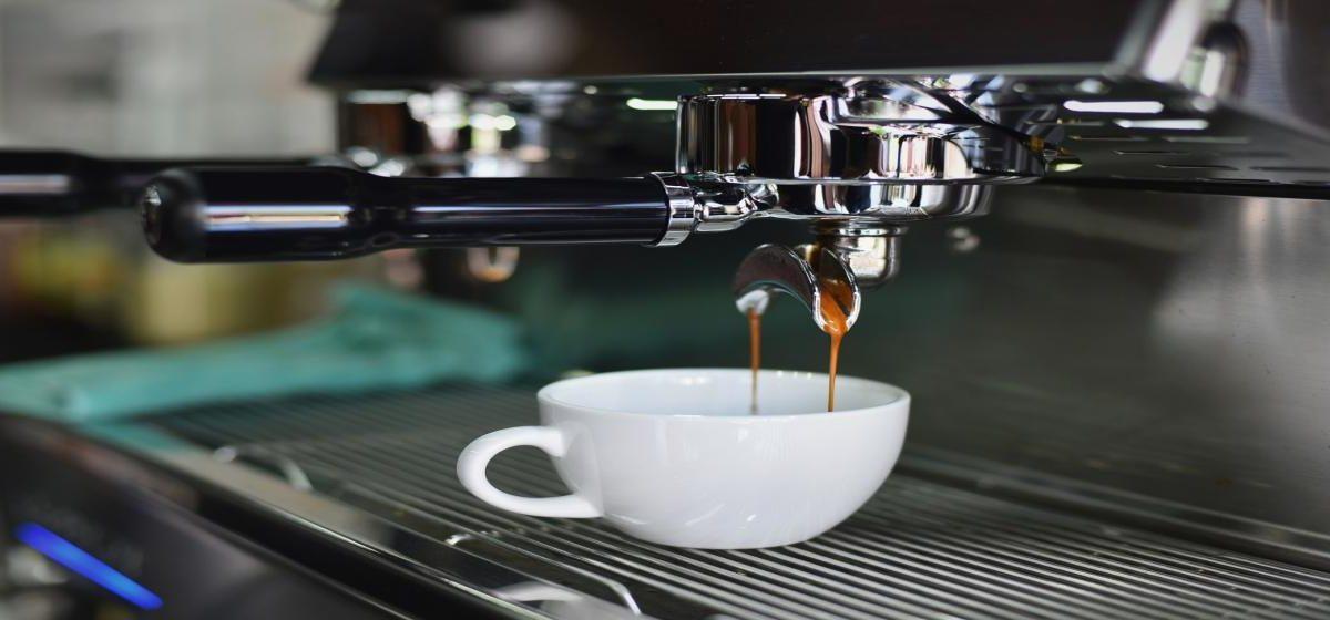 Ekspres do kawy. Jaki wybrać – ciśnieniowy czy przelewowy? Ranking 2018